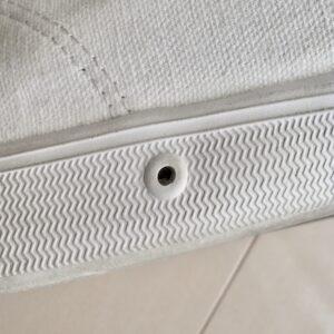 スプリングコートの通気孔