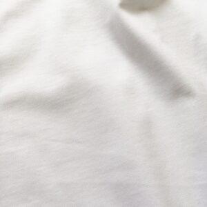 ツヤのあるUNIQLO UのスーピマコットンTシャツ