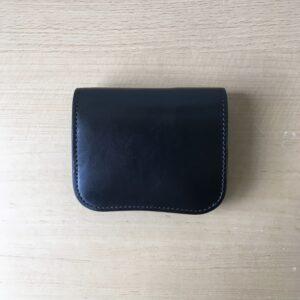 【ワイルドスワンズのパーム購入レビュー】サドルプルアップの小さい本革財布