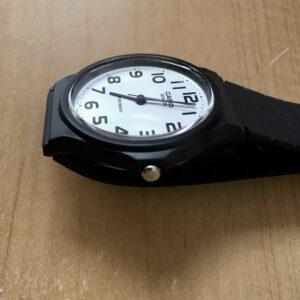 薄くて軽い時計