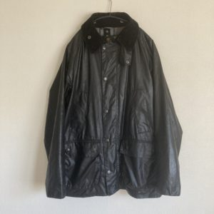 リプルーフ後のバブアービデイルのオイルドジャケット